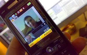800px-Video_Callskycrop.jpg