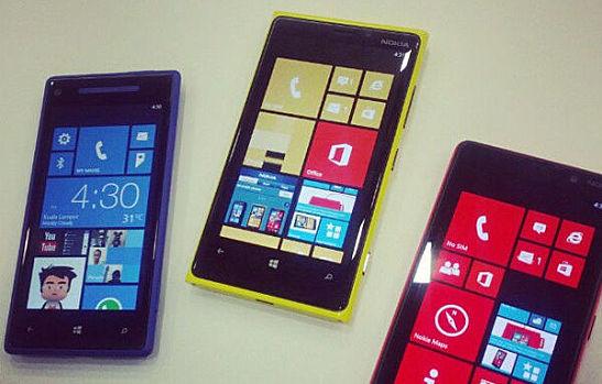 HTC_8X-_Lumia_920-_Lumia_820.jpg