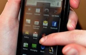 Motorola Skip Replaces the Moto X Pin