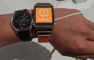 The Galaxy Gear arrives in the US in October