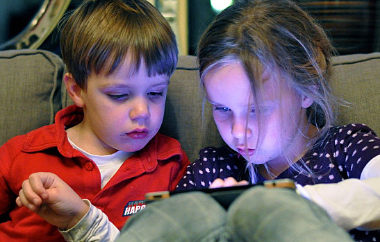 Best Kid-Friendly Apps: 3 Essential Video Apps