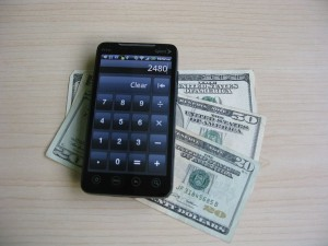1024px-Android_Smartphone_with_Money